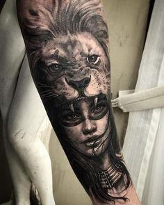 Fantástico trabalho do artista @gansogalvao Gostou? Mostre aos seus amigos! Estamos também nos perfis: @tattoo2us | @trendstattoo | @piercing2me | @drawing2me #tattoo2me Tiger Head Tattoo, Lion Head Tattoos, Girl Face Tattoo, Wolf Tattoos, Tattoo Girls, Body Art Tattoos, Lion Tattoo Sleeves, Wolf Tattoo Sleeve, Sleeve Tattoos
