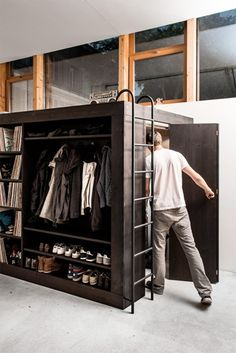 creative-cool-modern-space-saving-furniture-bed-design