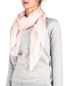 Kaschmir Schal Soft rosa front Fashion, Pink, Cashmere, Scarves, Moda, Fashion Styles, Fasion
