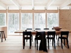 Cabins In The Woods, House In The Woods, Interior Decorating, Interior Design, Wood Interiors, Winter House, Scandinavian Home, Dining Area, Dining Room