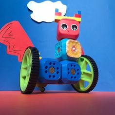 Coding has never bin more fun! Rabo Wunderkind robotic kit is a perfect way to teach kids coding, educate them about technology, help the acquire STEM skills in the most creative way. Take a look at the full tutorial!