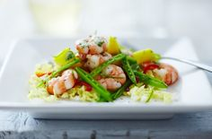A simple Prawn and mango salad recipe for you to cook a great meal for family or friends. Buy the ingredients for our Prawn and mango salad recipe from Tesco today.