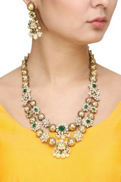 Auraa Trends presents Gold finish kundan stone and pearls necklace set available only at Pernia's Pop Up Shop. Pearl Necklace Designs, Pearl Necklace Set, Long Pearl Necklaces, Beaded Necklace, Charm Necklaces, Beaded Jewelry, Indian Wedding Jewelry, Indian Jewelry, Bridal Jewelry
