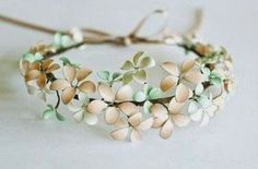 {DIY} un bracelet fleuri avec du vernis !