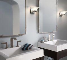 #Salledebain de style #contemporain avec #murales. / #Contemporary #bathroom with #wallsconces.