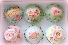 Cupcake Art, Paper Cupcake, Cupcake Cookies, Cupcake Toppers, Baking Cupcakes, Fun Cupcakes, Wedding Cupcakes, Flower Cupcakes, Pastel Cakes