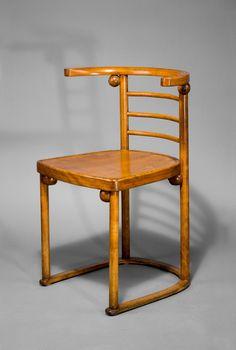 Los 072329 - 'Fledermaus'-Stuhl, um 1907 Hoffmann, Josef Kohn, J. & J., Wien -> Auktion 072 - Text: deutsche Version