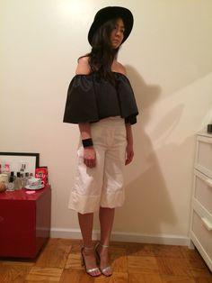 #옷스타그램#데일리룩 #아웃핏 #style #도매 #openshoulder #nyc #newyorkfashion #clothing #clothingwholesale #wholesaler #nymarket #ootd #culotte #widelegpant #offwhite #navermarket