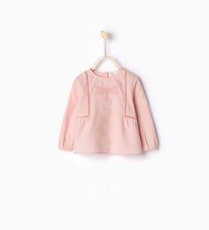 Skjorte med broderet guldsmed-Toppe-Baby pige | 3 mdr.-3 år-BØRN-UDSALG | ZARA Danmark