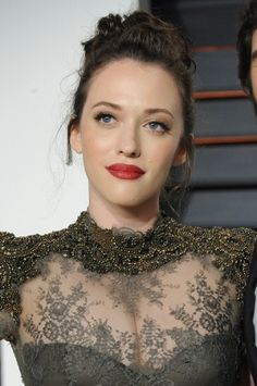 "Get the Look: Kat Dennings' ""Romantic Glam"" Makeup Kat Dennings, Two Broke Girl, Provocateur, Glam Makeup, Beauty Makeup, Star Wars, Beautiful Actresses, Beautiful Celebrities, Christina Hendricks"