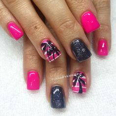 Polished Pinkies Utah: vacation nails to the extreme! Bright pink with black accents make for some awesome cute vacation nails! The palm trees are such a fun accent nail! Gel nails, gel polish, shellac nails, vacation nail art, summer nail art, bright nail art, cute nails, fun nail art.