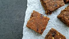 Gluten-free vegan brownie with bananas and dates (Finding Vegan) Bulgarian Bread Recipe, Bulgarian Recipes, Vegan Gluten Free Brownies, Vegan Brownie, New Recipes, Bread Recipes, Kitchen Under Stairs, Best Pre Workout Food, Finding Vegan
