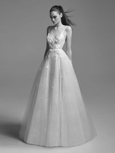 Anna by Alex Perry 2018 Wedding Dressses, New Wedding Dresses, Designer Wedding Dresses, Alex Perry, Ball Dresses, Ball Gowns, Evening Dresses, Disney Princess Dresses, Traditional Wedding Dresses