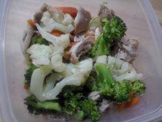 Pollo al horno con verduras al vapor
