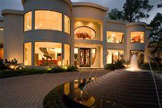 ✦⊱ɛʂɬཞɛƖƖą⊰✦ now that's a home!