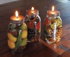 Make Mason Jar Oil Candles ~ I have made the oil lamps before but never thought of infusing the oils for a scented candle! Great idea, thanks for sharing Becky :-) Pot Mason Diy, Mason Jar Candles, Mason Jar Crafts, Mason Jar Lamp, Scented Candles, Candels, Aromatherapy Candles, Candle Scent Oil, Oil Candles