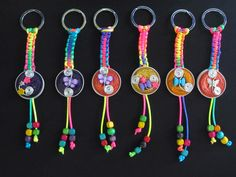 Diy Keychain, Keychains, Paper Crafts Origami, Bracelet Crafts, Pony Beads, Key Rings, Diy For Kids, Paracord, Jewelry