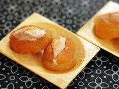 Abricots secs fourrés au foie gras  #qooq #abricot #toast