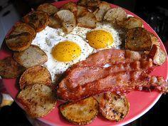 Una dieta cetogénica se basa en fuentes de grasas animales.