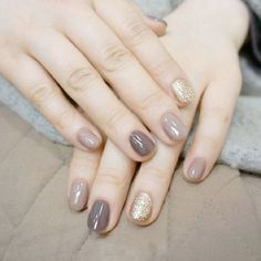 Einfache Sommer Nail Art Designs 2018 - Nagel Kunst, You are in the right place about grey nails Here we offer y Hair And Nails, My Nails, Nail Art Simple, Uñas Fashion, Trendy Fashion, Nagellack Trends, Super Nails, Nagel Gel, Colorful Nails