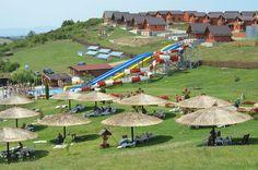 Staţiunea Băile Figa a reuşit să atragă sute de mii de turişti. S-a transformat dintr-o baltă de nămol, în care se scăldau bivolii, într-o atracție turistică de top! Dolores Park, Travel, Prague, Trips, Traveling, Tourism, Outdoor Travel, Vacations