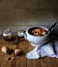 """Tripas à Moda do Porto"". A dish from Oporto, Portugal Wine Recipes, Great Recipes, Cooking Recipes, Soup Recipes, Portuguese Recipes, Portuguese Food, Portuguese Culture, Portugal, Exotic Food"