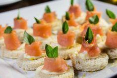 Canapés de salmão  Gastronomia e Receitas - Yahoo Mulher