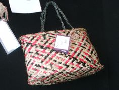 Kete Flat Bottom