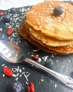 Pancakes farine de coco lait de coco ma healthy tendency Gluten, Menu, Healthy Recipes, Healthy Food, Breakfast, Desserts, Lactose, Cooking Ideas, Pumpkins