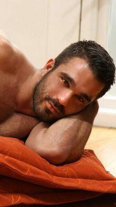 Barbas by Javi Guy