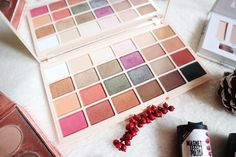 Autumn Make Up Bits - Make Up Revolution X Sophdoesnails Eyeshadow Palette