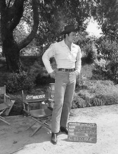 """A Clint Walker wardrobe test at Warner Bros. for """"Cheyenne"""". Clint Walker Actor, Cheyenne Bodie, Cherokee Tribe, Doug Mcclure, Young Elvis, Angie Dickinson, Tv Westerns, Old Tv Shows, Tv Guide"""