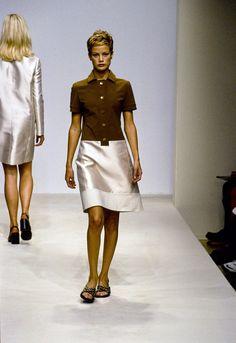 Prada Spring 1996 Ready-to-Wear Fashion Show - Carolyn Murphy