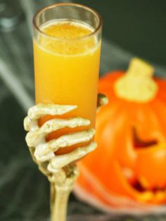 RIP: 1½ oz. vanilla vodka, ¾ oz. Hiram Walker Pumpkin Spice Liqueur, 1½ oz. orange juice, 1 lemon wedge, juiced.         Combine all ingredients in a cocktail shaker filled with ice. Shake vigorously and strain into a glass.