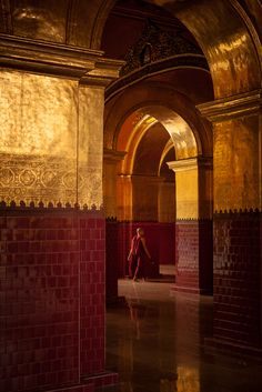https://flic.kr/p/iH3GgF | Burma | Mahamuni Buddha Temple, Mandalay. Myanmar (Burma)