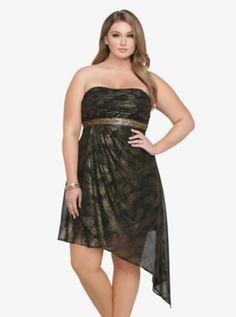 Torrid Premium SequinTorrid Premium Sequin & Foiled Chiffon Dress SKU : 10250403 $88.50