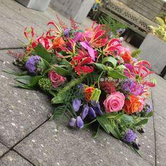 Flower Centerpieces, Flower Arrangements, Casket Sprays, Grave Decorations, Cemetery Flowers, Funeral Arrangements, Flowers For You, Funeral Flowers, Pumpkin Decorating