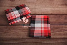 Red, black, and white plaid jersey knit wraps. Perfect for fall photos! This fabric is buttery soft, thick, and super stretchy. Newborn Posing, Newborn Shoot, Newborn Photography Props, Newborn Photo Props, Newborn Photographer, White Plaid, Red Plaid, Knit Wrap, Fall Photos
