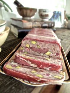 For terrine lovers like me (how could there be haters?) here is a foolproof recipe for Chicken, Duck and Pistachio Terrine. Duck Terrine, Chicken Terrine, My Favorite Food, Favorite Recipes, Sandwich Fillings, True Food, French Dishes, Food Humor, Chicken Recipes
