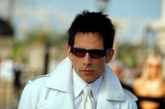 Comedy Actor Ben Stiller in Zoolander.  Hey movie lovers... would you like to share your reviews of movies and create a residual income from home?  If you want more info, click the image NOW!