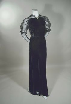 1930'S VELVET & ILLUSION EVENING GOWN - PLUNGING BACK