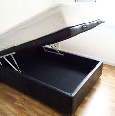 Pensa em uma coisa que não pode deixar de existir em apartamentos pequenos? Cama box com baú, salvando vidas! #meuape34 #camaboxbau #cama #bau #salvandovidas #pequenoape #primeiroape #ape34 #nossopalacio #quartodecasal #camaboxcombau #decor #colchão #bed #boxbed #nossocantinho #amor #decor #decorando #instalike #instadecor