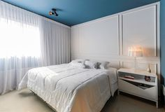 How to soften the bedroom look with curtains. Suites, Interiores Design, House Design, Curtains, The Originals, Furniture, Gd, Home Decor, Bedrooms