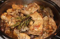 Coniglio in umido con olive
