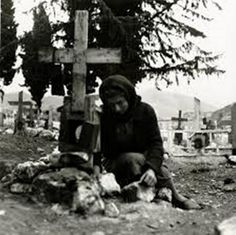 Distomo massacre was a Nazi war crime perpetrated by members of the Waffen-SS in the village of Distomo, Greece, during the Axis occupation of Greece during World War II. Greek History, Women In History, World History, World War Ii, History Channel, Historical Photos, Old Photos, Wwii, Greece