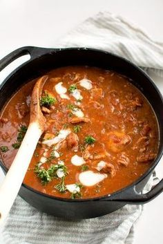 Chili con carne utan bönor, med kyckling Chili con carne without beans, with chicken Great Recipes, Dinner Recipes, Cooking Recipes, Healthy Recipes, Chili Recipes, Love Food, Chicken Recipes, Food And Drink, Oreo