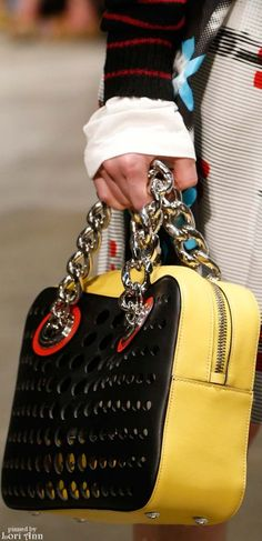 80\u0026#39;s Revival Fashion: Prada Spring 2016, accessory trends | BaGZ ...