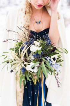 Flowers by Lace and Lilies - Galactic Wedding with a Navy Bridal Gown from Candice Benjamin Photography. Summer Wedding Bouquets, Flower Bouquet Wedding, Bridesmaid Bouquet, Floral Wedding, Bridal Bouquets, Wedding Dresses, Starry Wedding, Celestial Wedding, Wedding Flower Inspiration