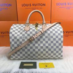 Louis Vuitton Bandoulier Speedy Bag – World Leather Design Louis Vuitton Handbags 2017, Louis Vuitton Speedy Bag, Louis Vuitton Damier, Wood Creations, Paris, Leather Design, Chanel, Accessories, Group