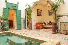 Patio, bassin, bouh / patio, poul, open salon